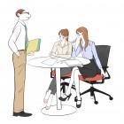 オフィスでビジネスの相談をするOLの女の子と上司の男性