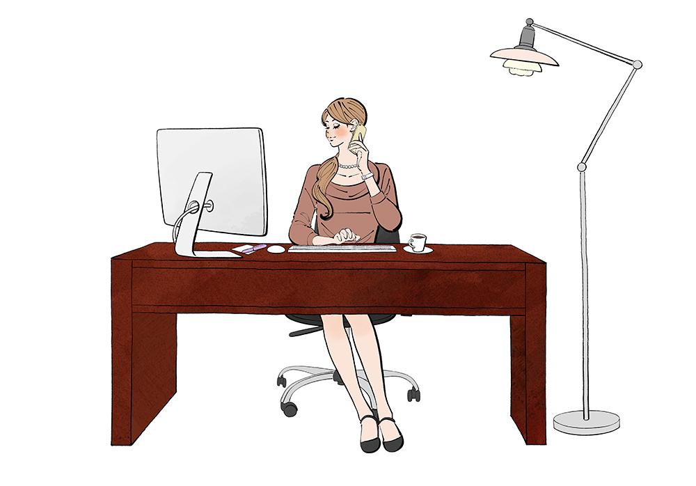 会社のデスクでパソコンに向かって仕事をする女性のイラスト