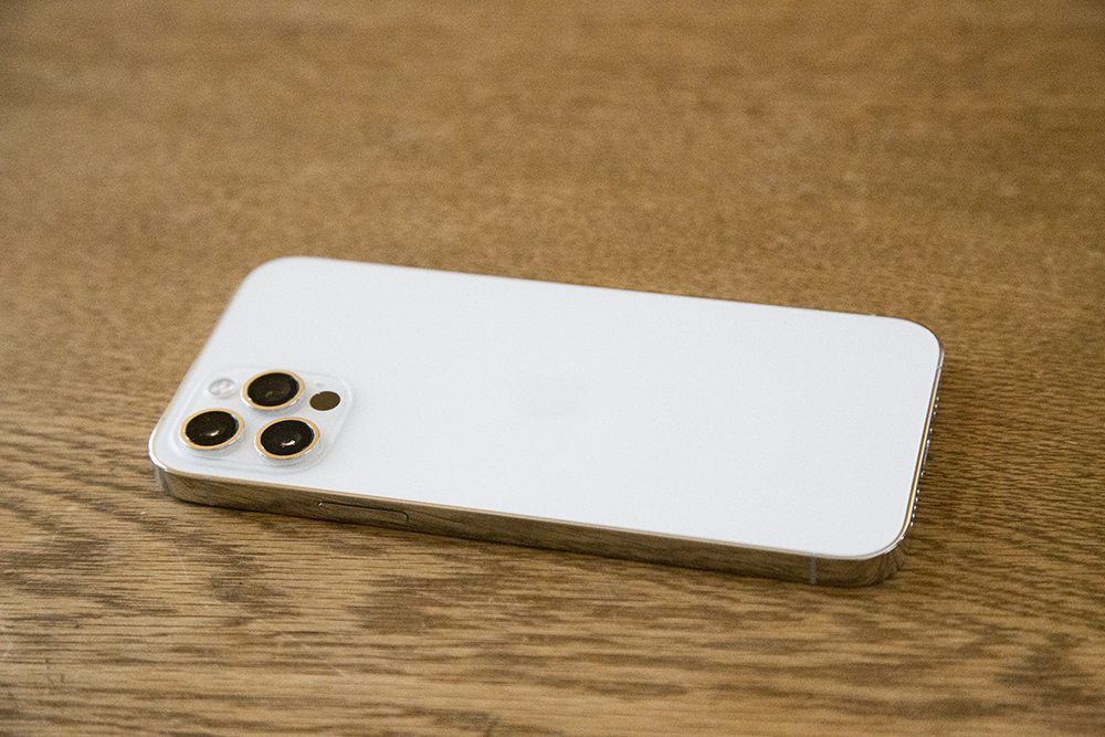 iPhone 12 Pro シルバー(白)