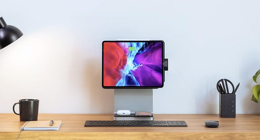 究極のiPadスタンド「StudioDock(スタジオドック)」/USB、SDカードスロット・ワイヤレス充電ユニットも搭載