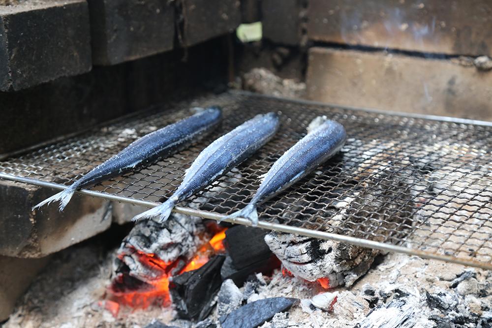 秋刀魚(サンマ)の炭火焼き